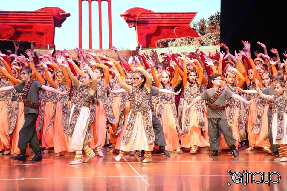 Sardarapat Performance by Hamazkayin Kayane Choreographic School (Lebanon)