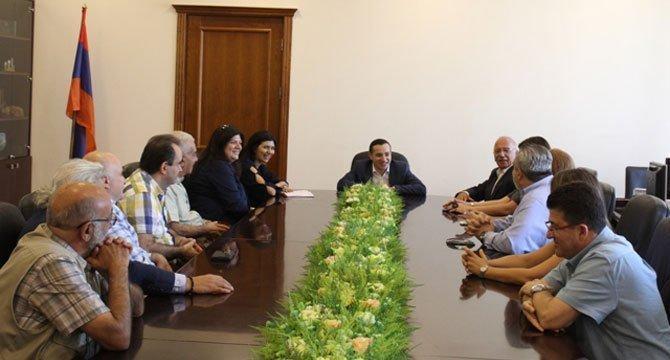 Hamazkayin's Central Board visits Armenia's Diaspora Ministry