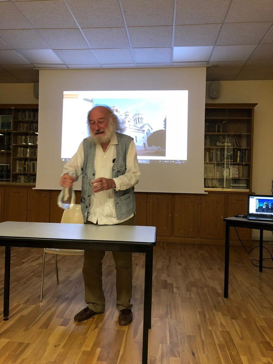 Պատմաբան Արմէն Մութաֆեան ներկայացուց իր հեղինակած «La saga des Arméniens de l'Ararat aux Carpates» հատորը (Փարիզ)