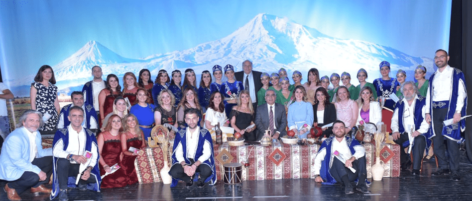 Hamazkayin Holds Evening of Troubadour Music in Kuwait