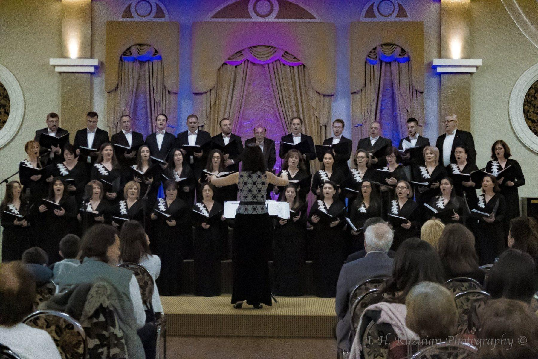 Kousan Choir Performs in Cambridge, Ontario
