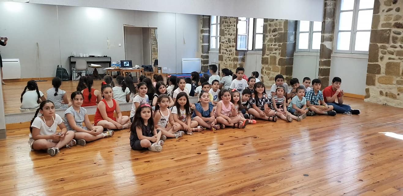 Children's Story Hour Takes Place in Valence, France