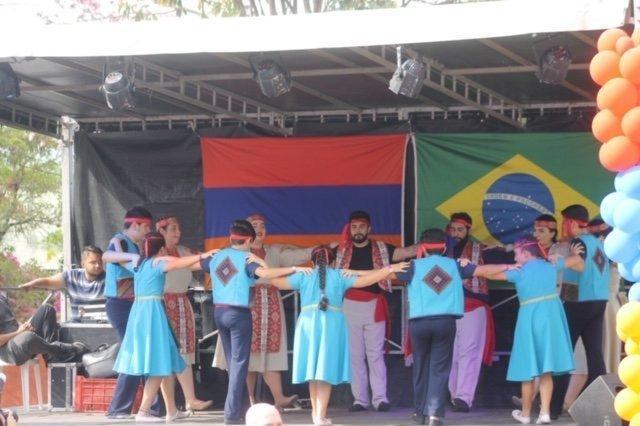 Պրազիլի Համազգայինի մասնակցութիւնը Օզասգոյի հայ համայնքի կազմակերպած 7-րդ փառատօնին